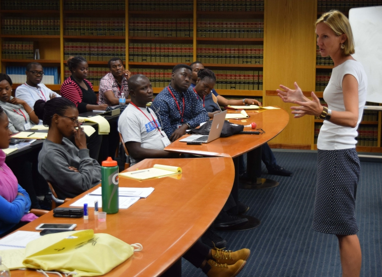 La Follette School Professor Susan Yackee discussed the principles of public management with 25 young African leaders participating in the Mandela Washington Fellowship Program at UW-Madison in 2016.