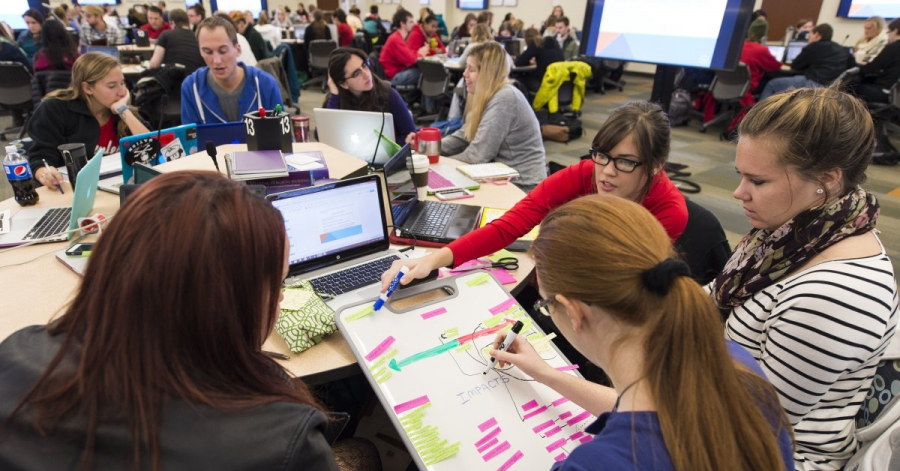 La Follette featured in spring Teaching and Learning Symposium