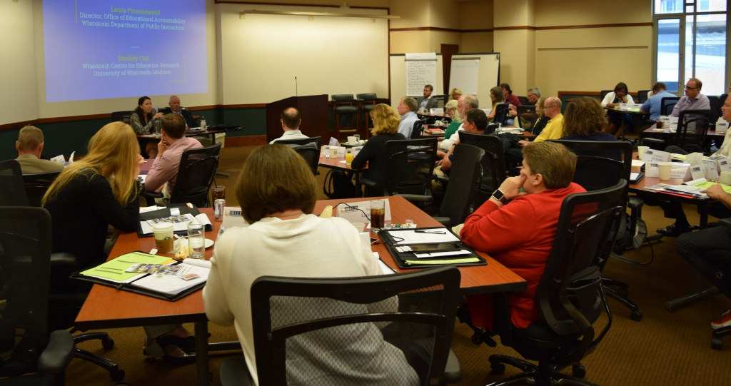 La Follette hosts Midwestern lawmakers for 22nd leadership conference